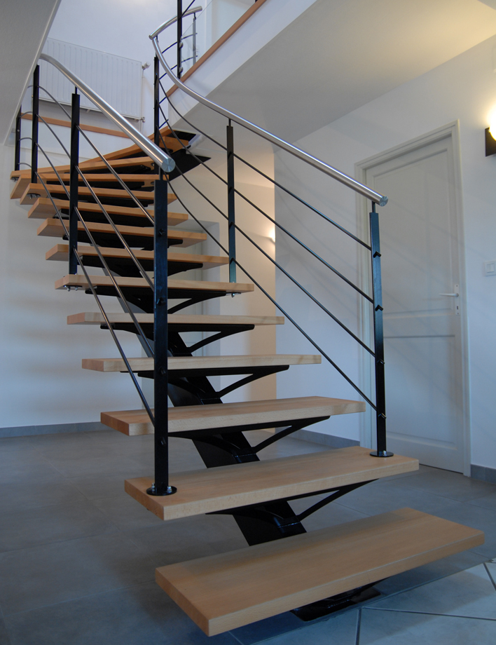 escalier quart tournant metal top escalier quart tournant with escalier quart tournant metal. Black Bedroom Furniture Sets. Home Design Ideas